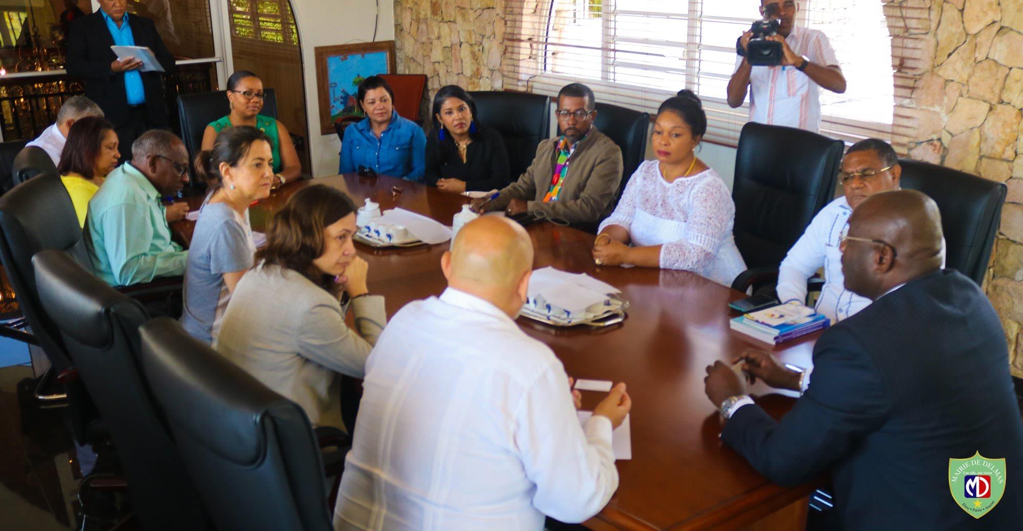 Visite d'une délégation de la Fédération Dominicaine des Municipalités à la Mairie de Delmas