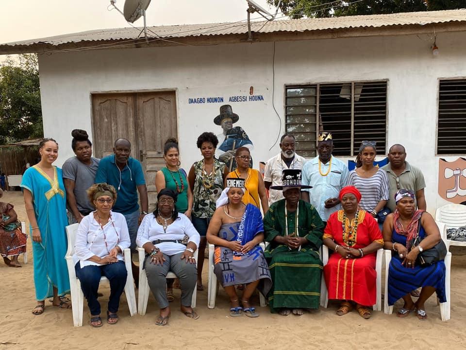Une délégation de vodouisants d'ALOVIYE de retour au bercail après une visite de plusieurs jours au Bénin