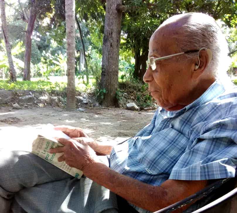Guy Déjean, encore passionné de la lecture à 90 ans