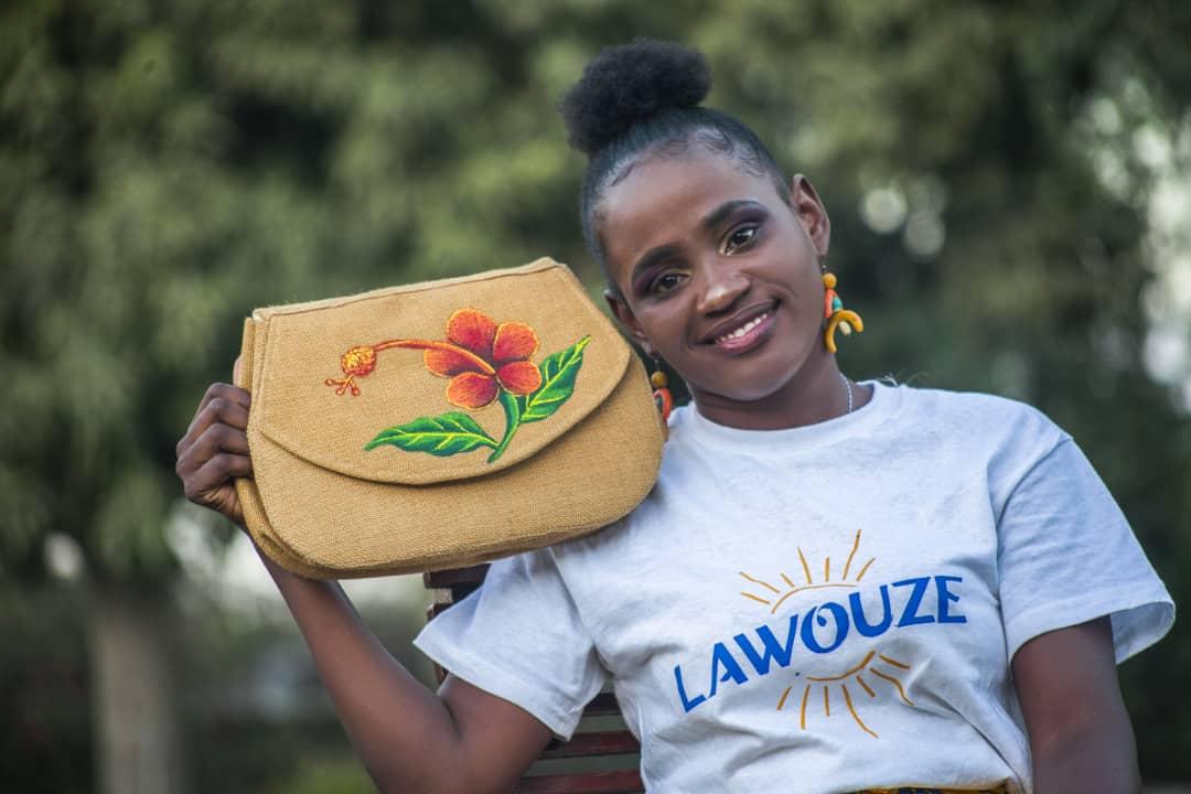 Lawouze, une collection lancée par des femmes à mobilité réduite