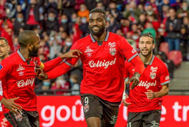 Football Expatrié : Frantzdy Pierrot, un doublé et une nouvelle victoire pour EA Guingamp